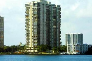 brickell-bay-club